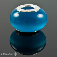 Blå glas charm