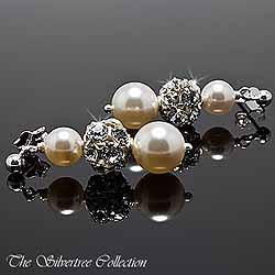 Örhängen med pärlor och kristaller
